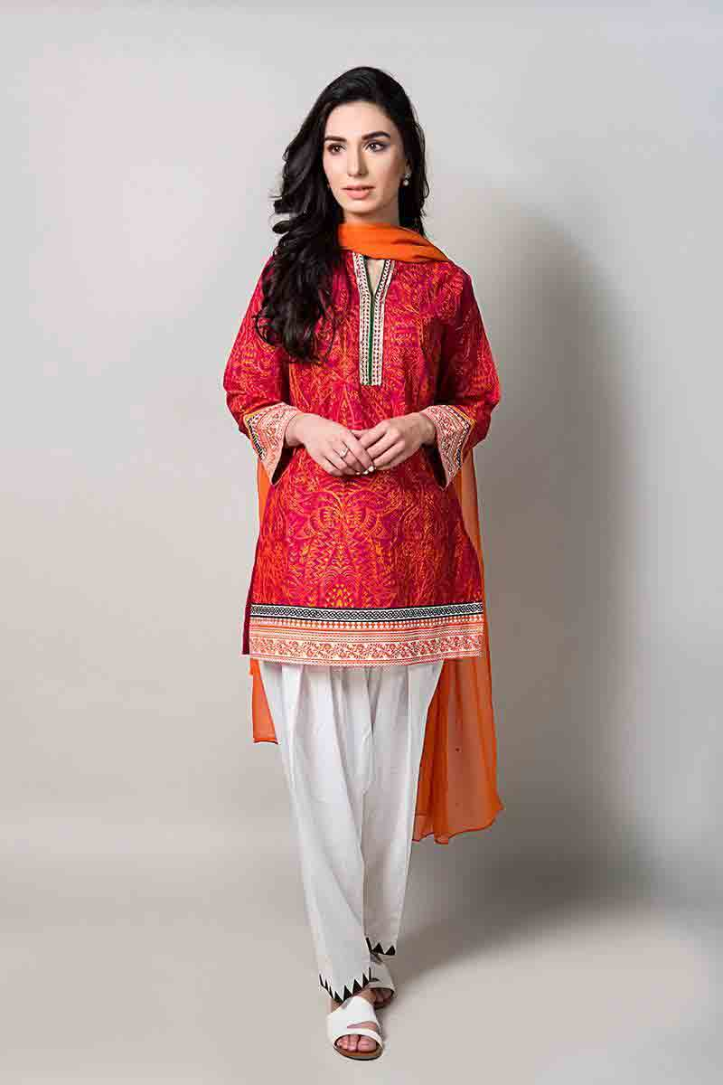 red short shirt with orange dupatta and white shalwar latest maria b fancy party wear eid dresses 2017 with price for girls