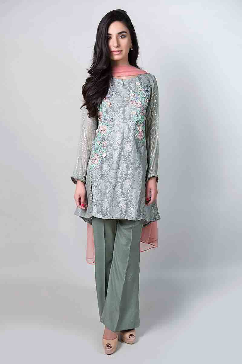 new gray short shirt with light pink dupatta and matching pants latest maria b fancy party wear eid dresses 2017 with price for girls
