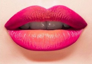 basic steps to apply lipstick for all day long