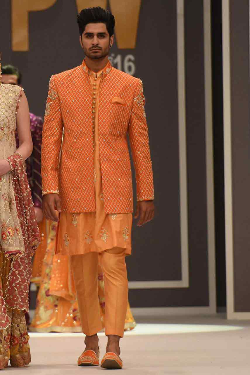 new stylish peach pakistani groom wedding sherwani designs 2017 for mehndi with jacket style