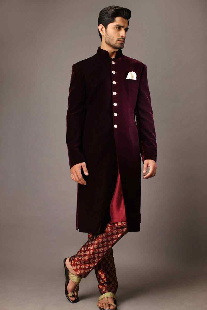 new trendy maroon pakistani groom wedding sherwani designs 2017 for mehndi with white pocket square