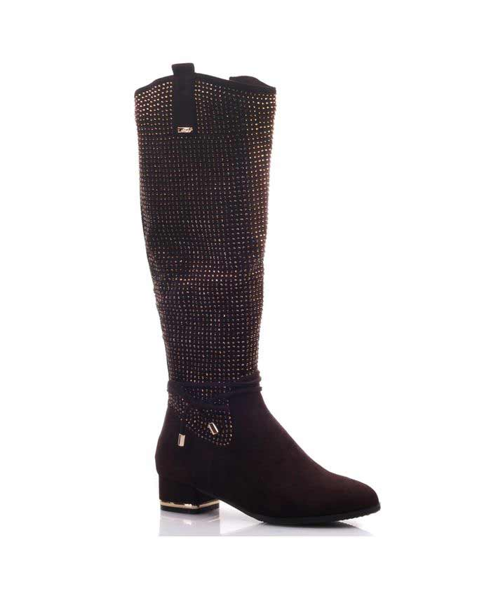 trendy knee high winter boots fashion in pakistan