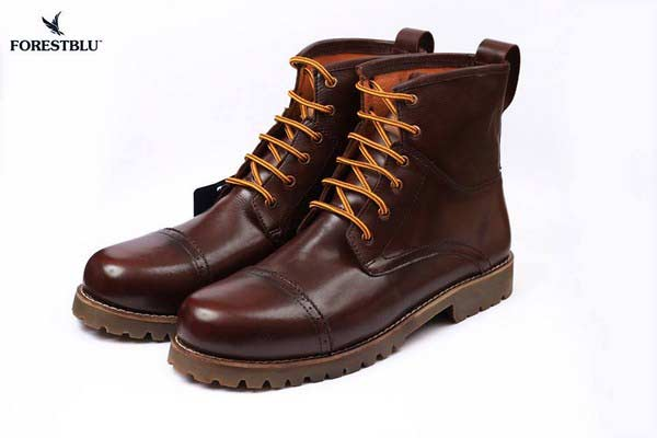 best collection of boots for men latest winter fashion accessories trend 2017 2018 in Pakistan
