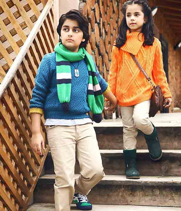 new scarves collection for kids latest winter fashion accessories trend 2017 2018 in Pakistan