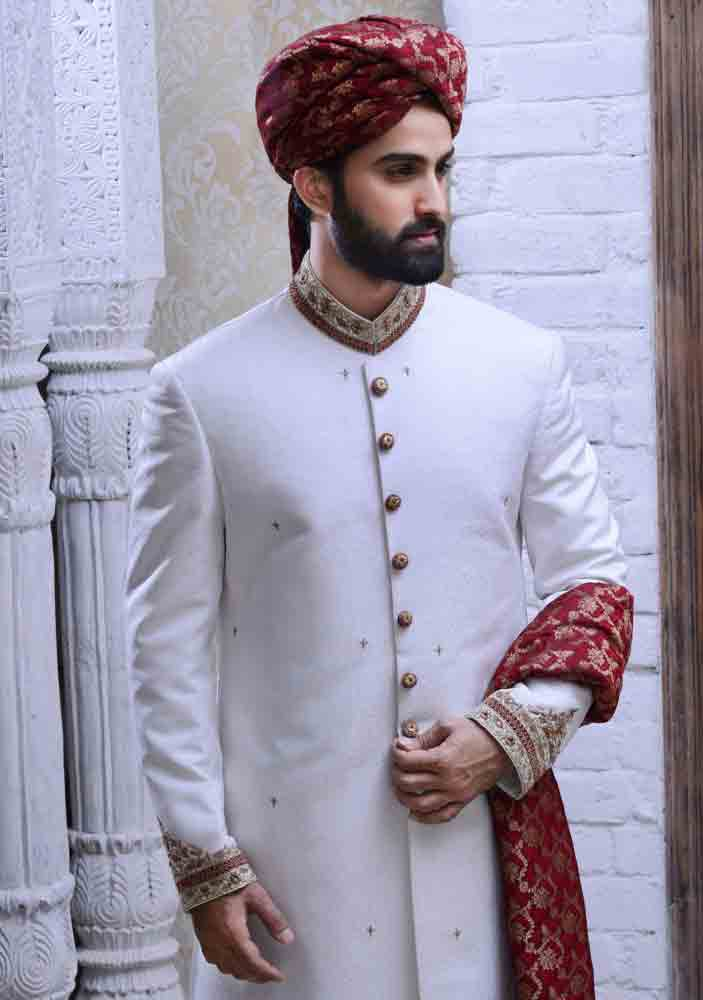 latest white pakistani mens wedding sherwani barat dresses 2017 with red turban