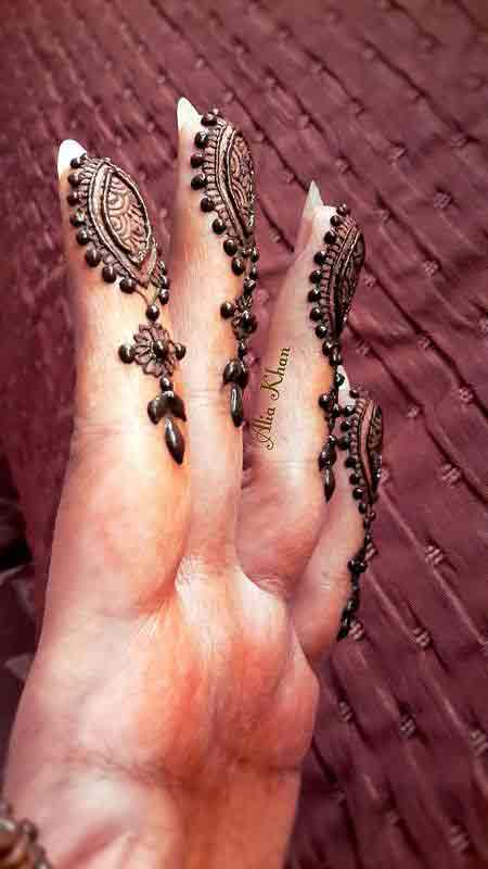 latest dotted and leaf mehndi style latest finger mehndi designs 2017 new styles for hands