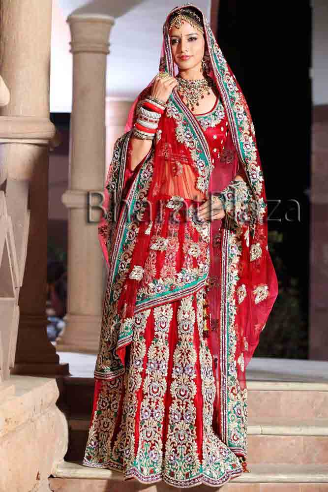 New Indian bridal best bridal dupatta setting styles 2017