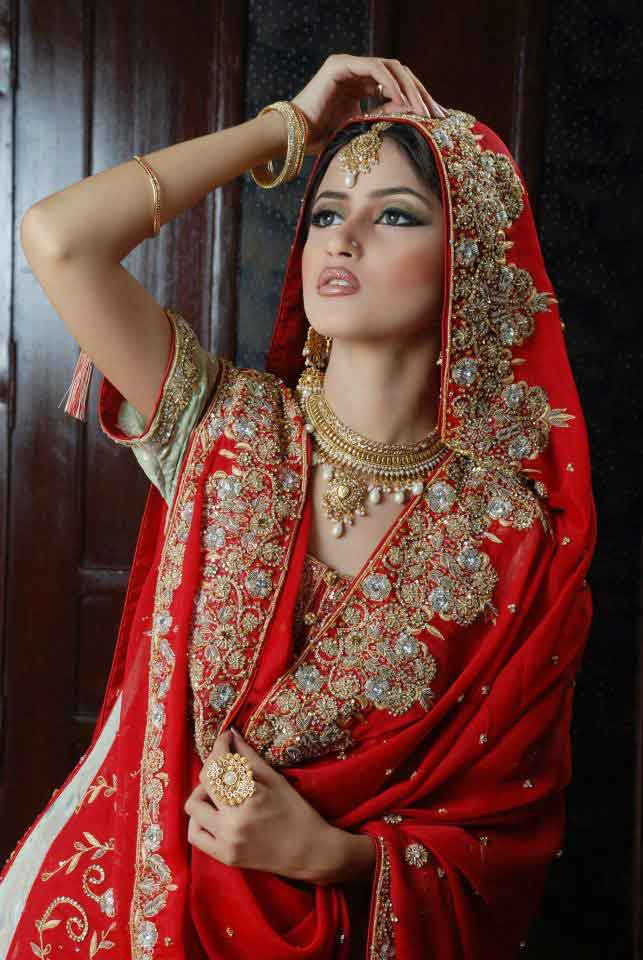 Latest Pakistani dupata style for wedding bride best bridal dupatta setting styles 2017