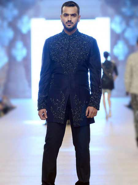New design of black short sherwani by designer new short sherwani styles 2017 sherwani for men in pakistan