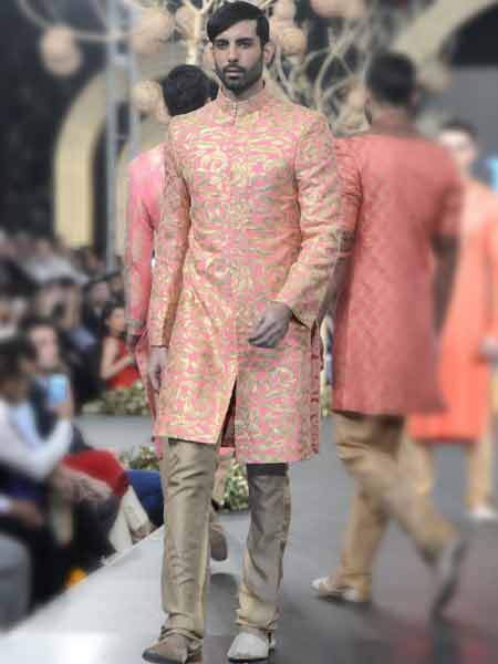 Best light pink short sherwani with skin trouser new short sherwani styles 2017 sherwani for men in pakistan