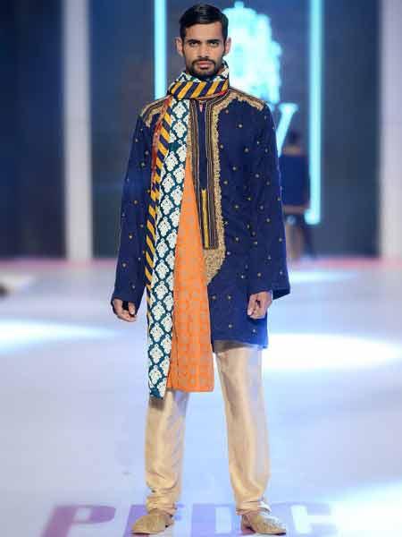 Latest blue short sherwani with dupatta or patka and skin pajama new short sherwani styles 2017 sherwani for men in pakistan