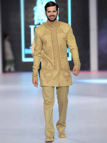 Best cream off white embroidered short sherwani new short sherwani styles 2017 sherwani for men in pakistan with pajama