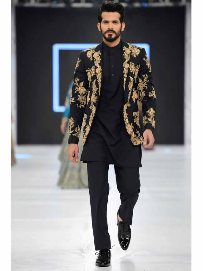 best black and golden embroidered new short sherwani styles 2017 sherwani for men in pakistan with simple black pants