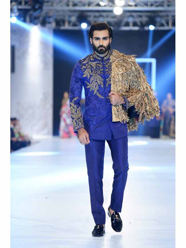 new wedding short sherwani in royal blue with golden embroidered jacket new short sherwani styles 2017 sherwani for men in pakistan