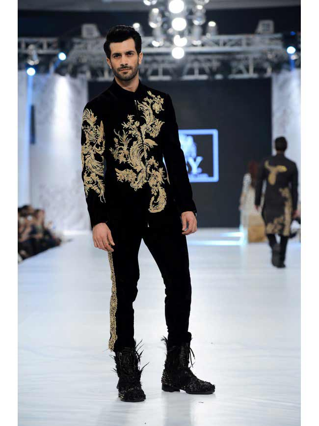 Best wedding sherwani in black and golden new short sherwani styles 2017 sherwani for men in pakistan