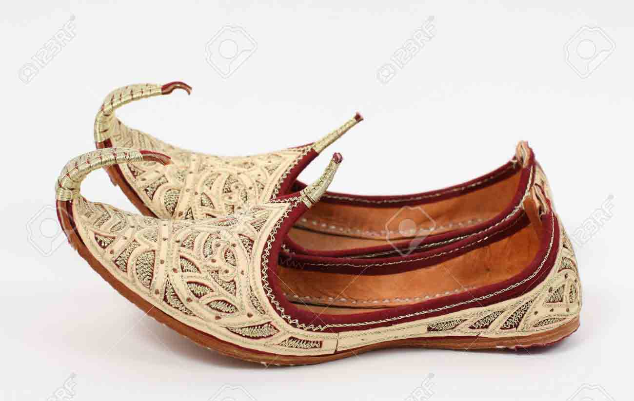 Latest off white fancy wedding khussa styles 2017 new sherwani khussa shoes for men