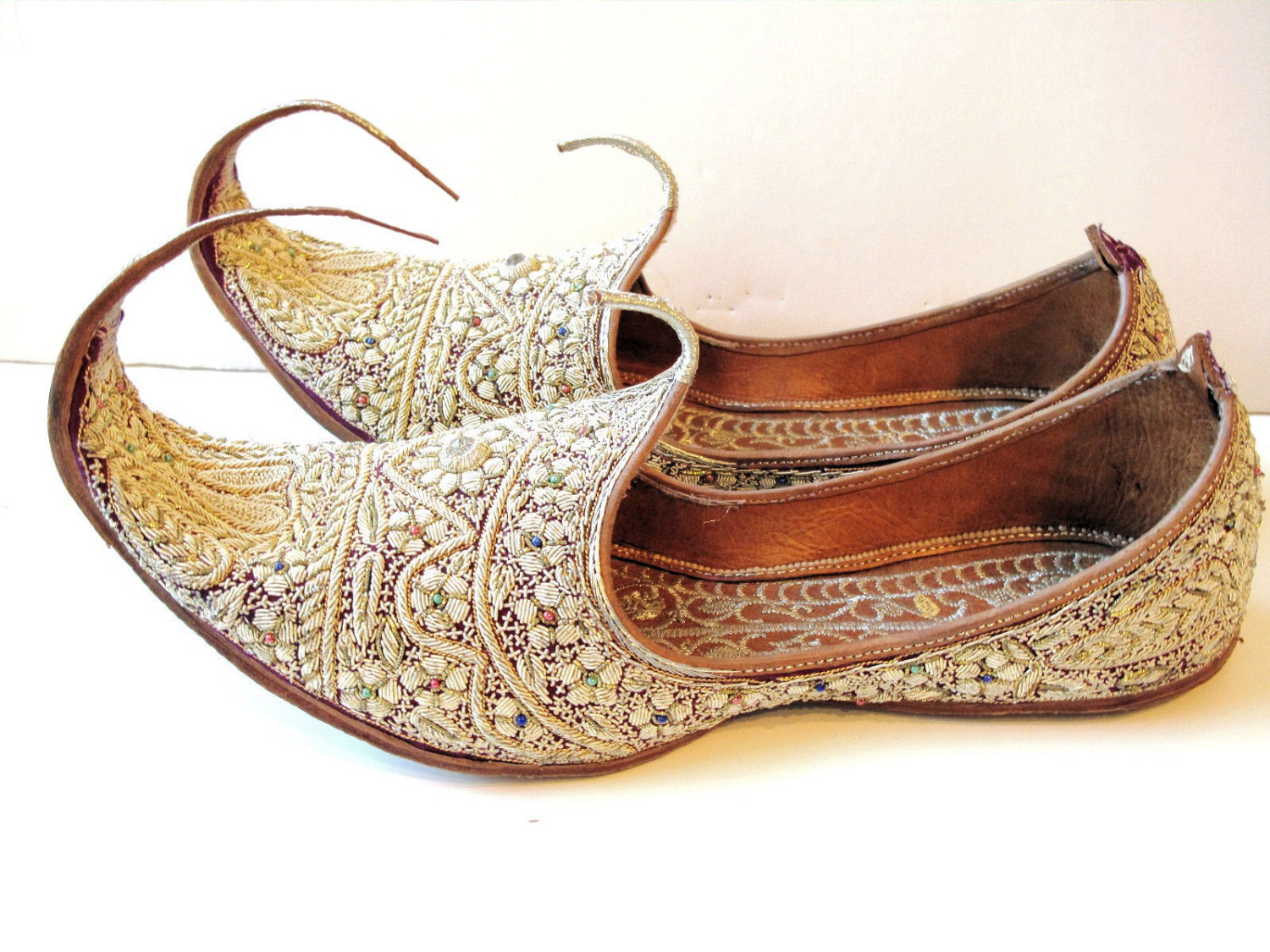 Handcrafted Luxury Mens Sherwani Style Wedding Khussa Shoe Maroon with Golden Trim Size US 7 to US 11.5