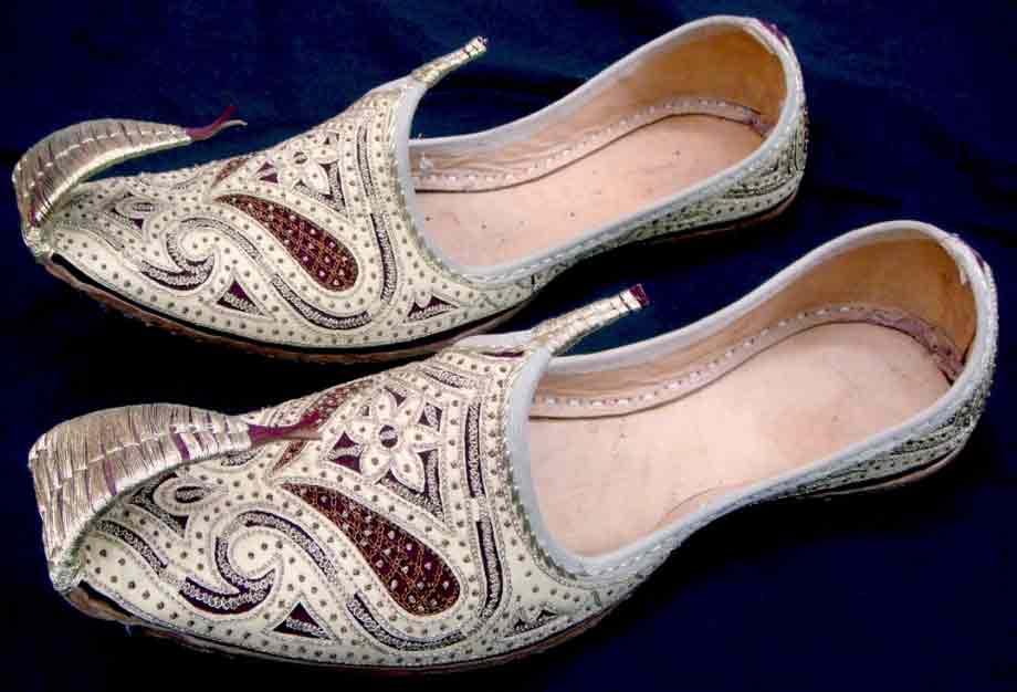 New toff white illa work on khussa wedding khussa styles 2017 new sherwani khussa shoes for men