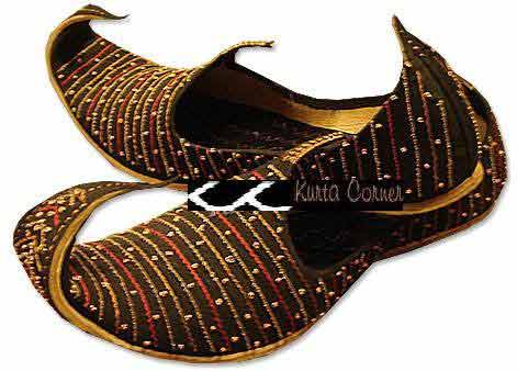 Best brown beaded wedding khussa styles 2017 new sherwani khussa shoes for men