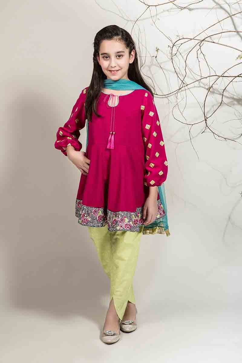 Best shocking pink with yellow pajama and green dupatta for Pakistani little girls Mariab kids party dresses for wedding Find this Pin and more on Pakistani kids party wear by Aisha Baloch. Here are the best Maria B kids party dresses for wedding in Pakistan.