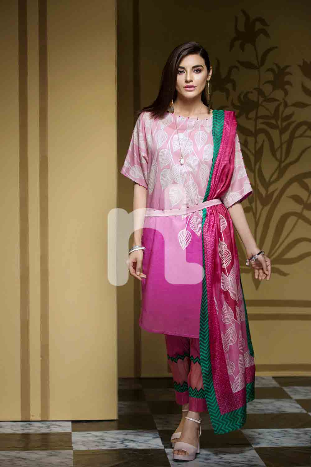 New white and purple girls eid dresses 2017 in Pakistan by Nishat Linen