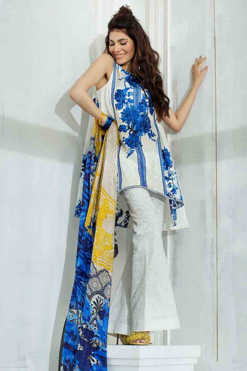 Sanasafinaz latest blue and white short frock with with trousers and matching dupatta new summer lawn dresses 2017 for Pakistani girls