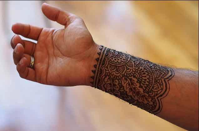 wrist mehndi designs for men 2017