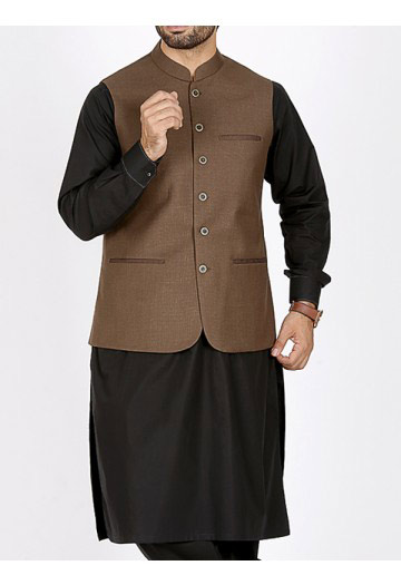 men brown waistcoat with black kurta men eid kurta shalwar kameez and waistcoat dress designs 2017 by Junaid Jamshed