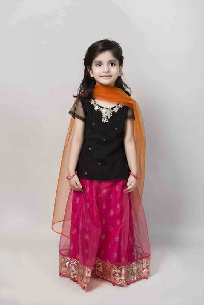 Mariab Kids Eid Dresses For Little Girls In Pakistan 1