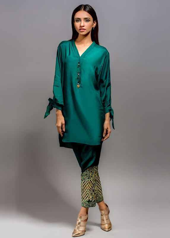 Dark green short shirt with embroidered pants Deepak Perwani eid dresses for girls 2017