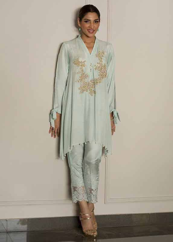 Sky blue shirt with matching capri pants Deepak Perwani eid dresses for girls 2017