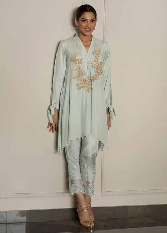 Sky blue shirt with matching capri pants Deepak Perwani eid dresses for girls 2017