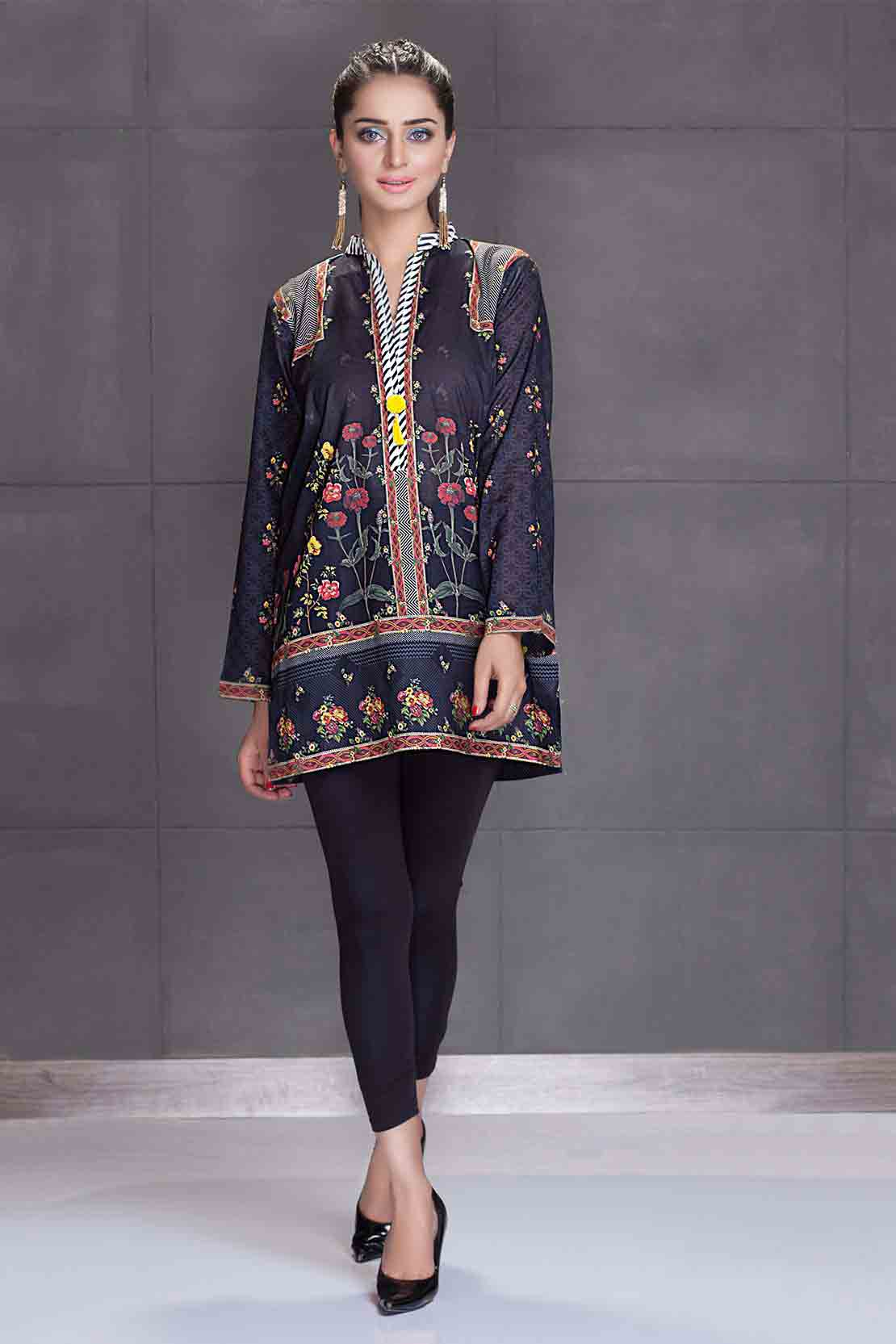 So kamal black kurti new eid dress designs for girls in Pakistan 2017