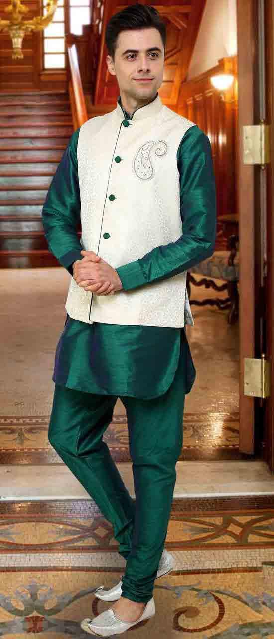 Dark green kurta pajama with white waistcoat for Pakistan independence day dresses for boys 2017