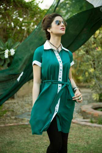 Green and white half sleeves shirt for Pakistan independence day 14th August dresses for girls 2017