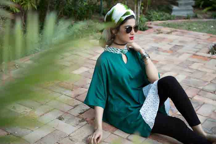 Green and white shirt with scarf and black tights for Pakistan independence day 14th August dresses for girls 2018