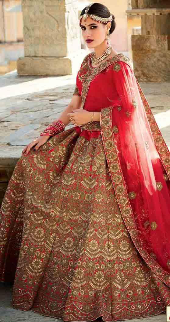 Indian Lehenga Choli Designs For Bridals 2017 | FashionEven Sabyasachi Lehenga