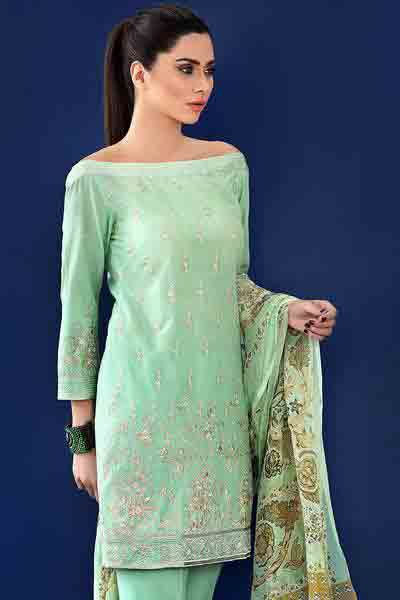 Light green boat neck shirt with dupatta dresses for Eid ul Azha 2017 by Gul Ahmed
