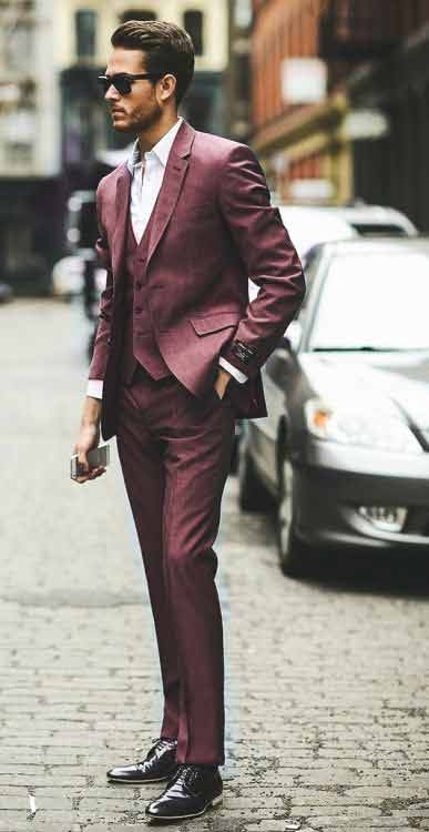 Maroon pant coat with white shirt from the new collection of latest Christmas party dresses for men in 2017