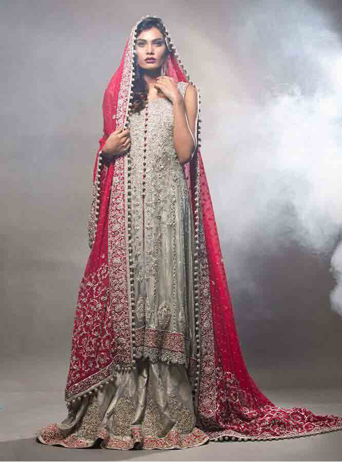 Gray Pakistani bridal long tail maxi gown dress designs 2017 with red dupatta