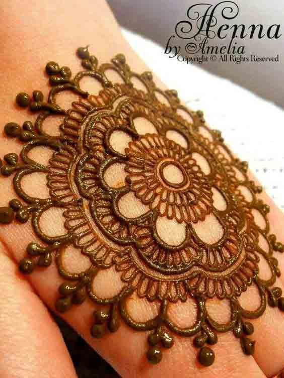 Easy circular simple gol tikka mehndi designs 2017 for back hands