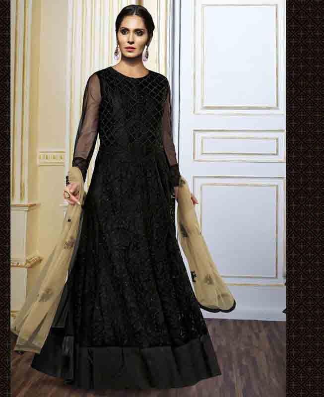 Black party wear long frock designs for girls in Pakistan