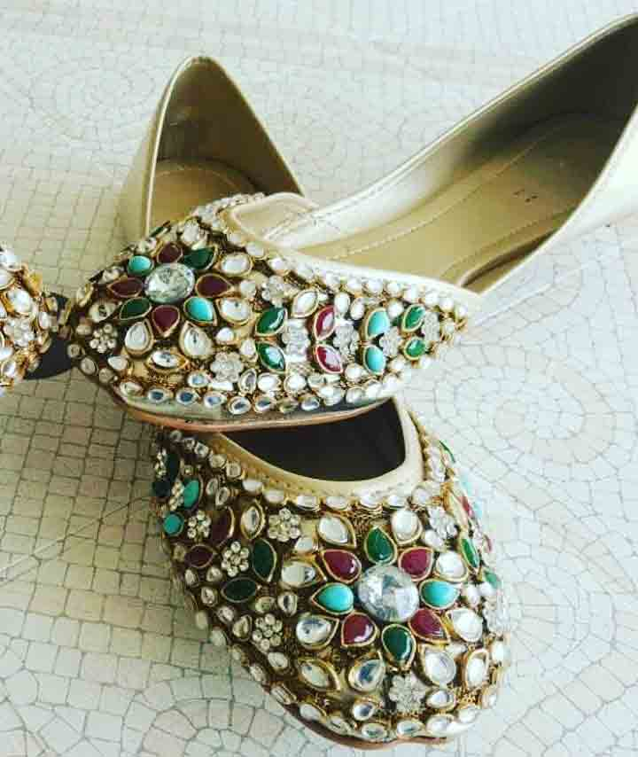 Red and green kundna fancy khussa shoes designs for girls