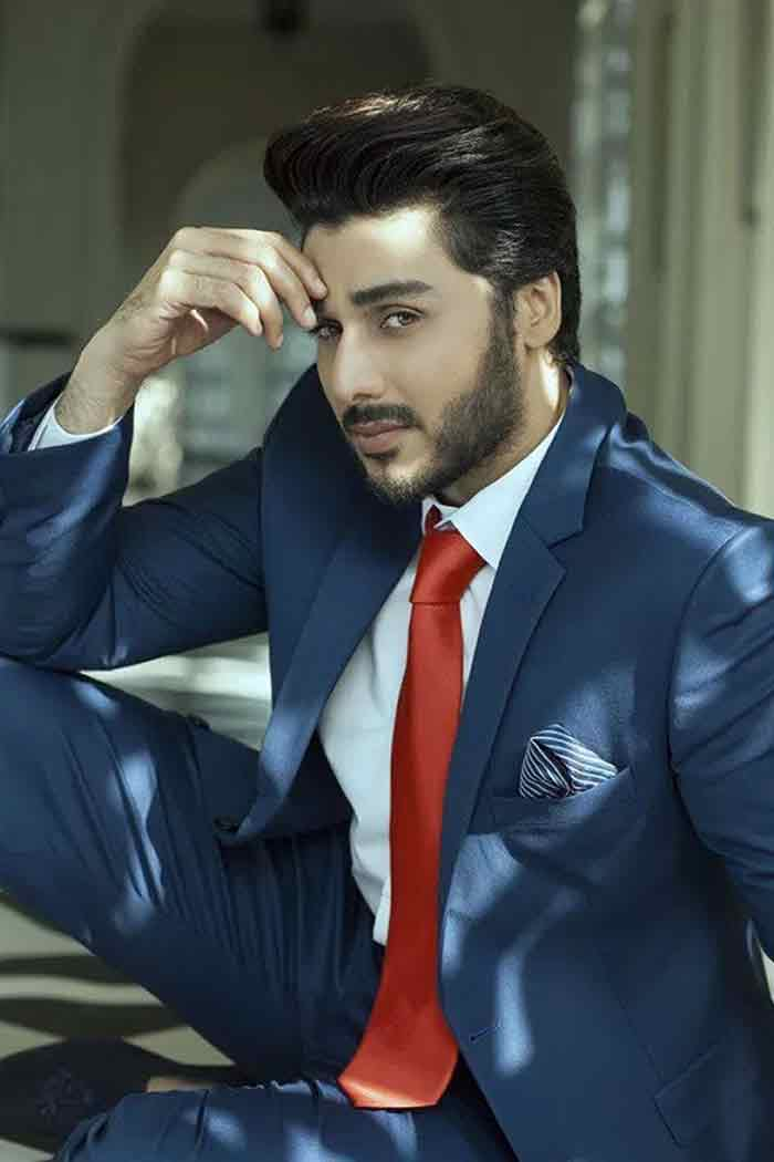 White shirt and red tie combinations with navy blue suits in Pakistan