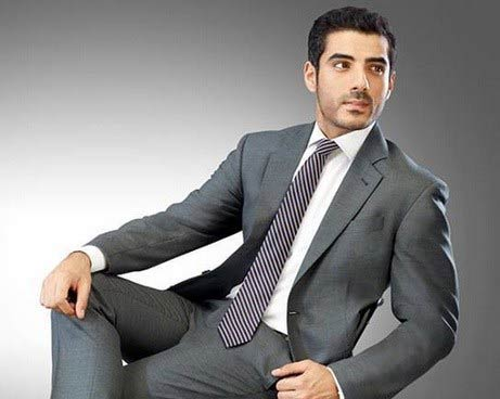 White shirt and lining tie combinations with grey suits in Pakistan