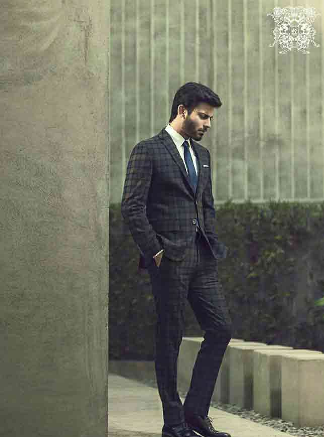 shirt and tie combinations with black suits in Pakistan