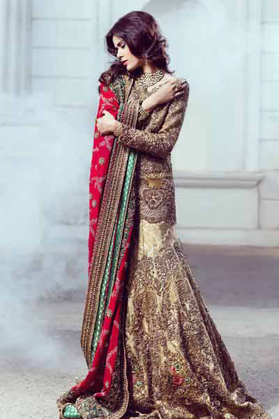 Latest short shirt with sharara style Pakistani bridal dress in red and golden color combinations 2018