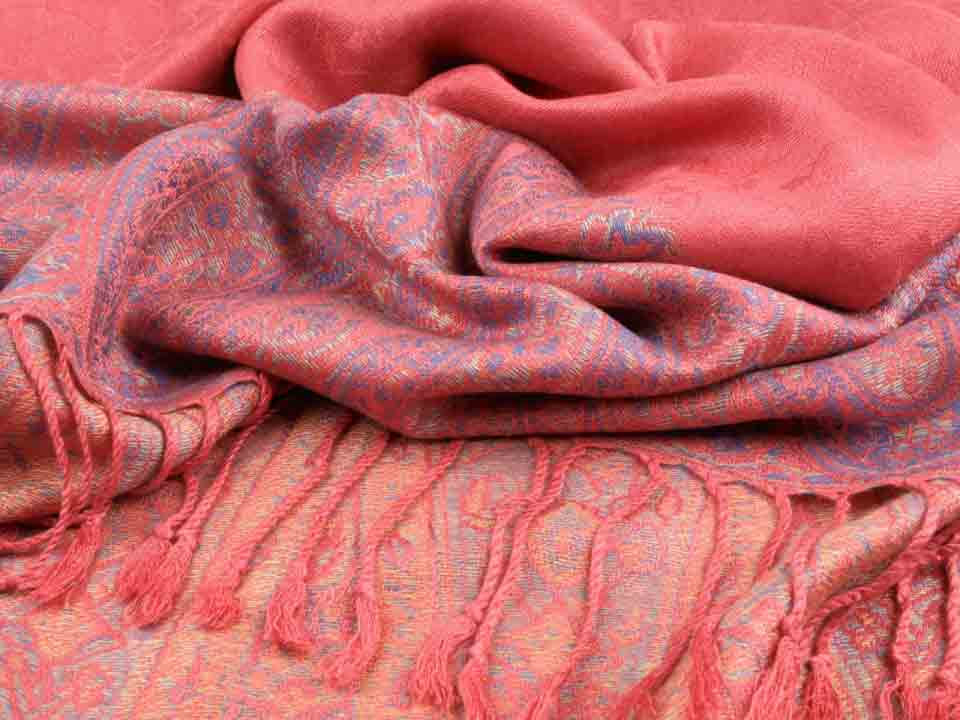 Ladies pashmina shawls in pink color for winter season