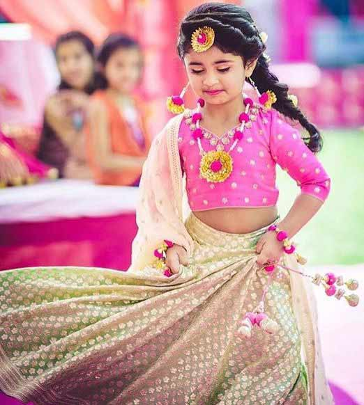 Best kids lehnga choli designs in pink and white colors