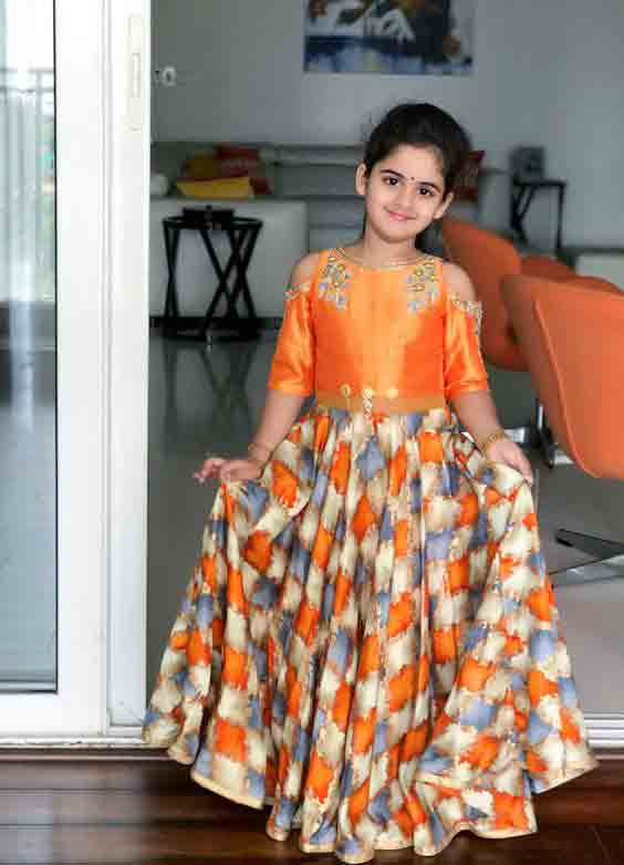 Kids lehnga choli in peach and off white colors